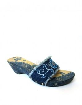 Kelom Geulis Batik Jeans